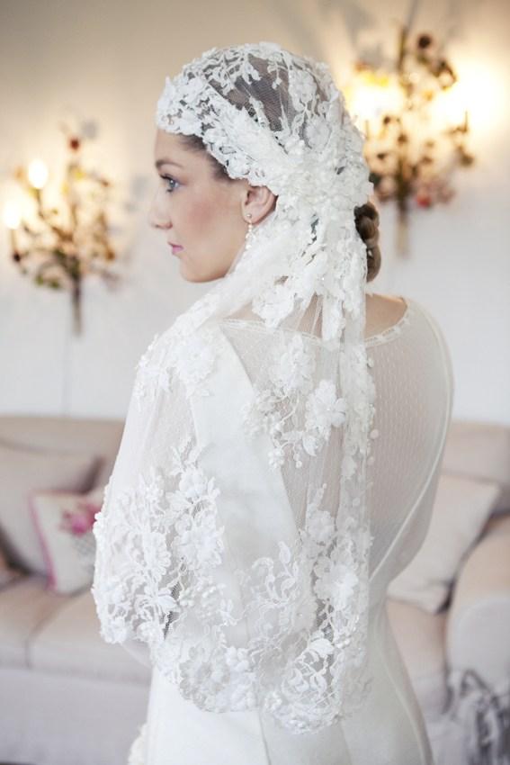 So Elegant By Nina Voile de mariage