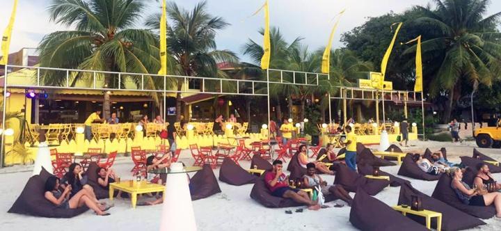 yellow-beach-cafe-langkawi