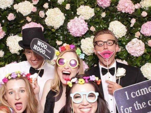 We Chain – Vos photos de mariage projetées en live!
