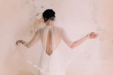 Ambre-dos-robe-de-mariée-atelier-swan-collection-2019